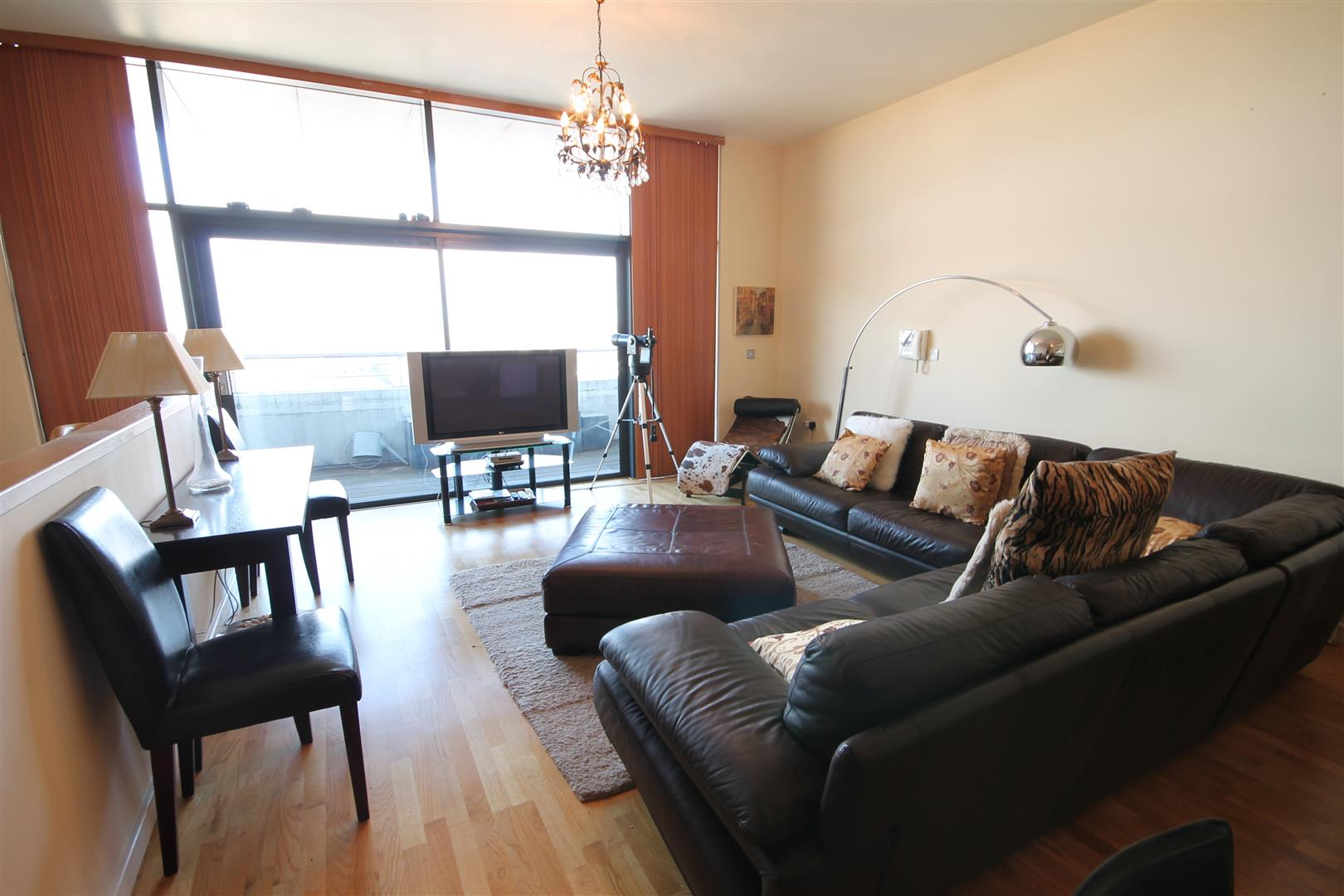 Lvl 10, 55 Degrees North Newcastle Upon Tyne, 3 Bedrooms  Apartment ,To Let